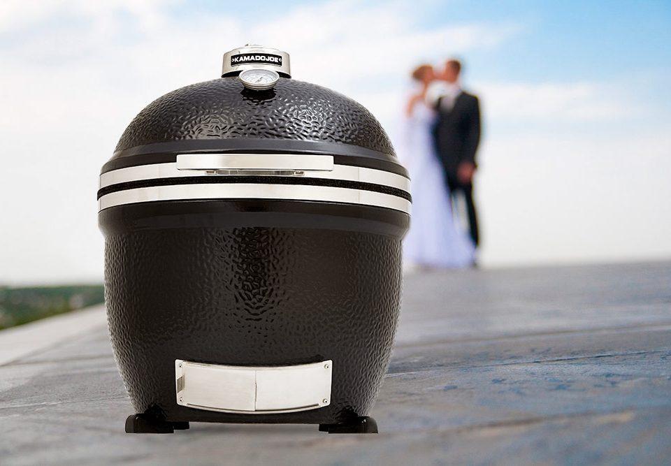 """Kamado Joe"""" – oriģināla kāzu dāvana ar mūža garantiju"""